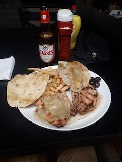 Ti Carlos Bar